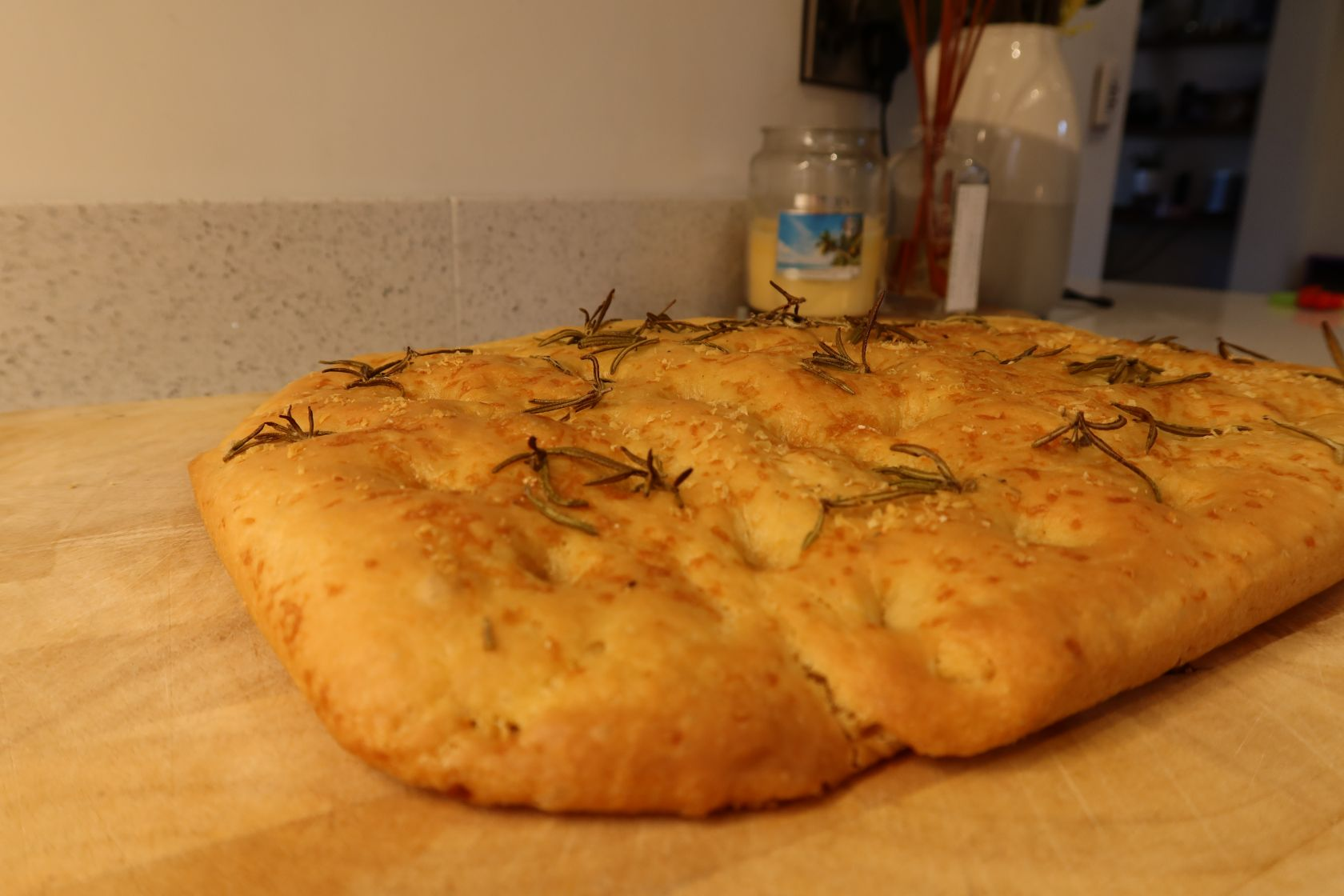 Focaccia recipe with rosemary and parmesan