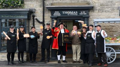 Thomas of Helmsley team with David Hind
